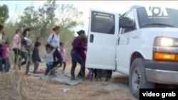 En comparación con el mes de julio los agentes de inmigración y aduanas detuvieron más de 2.000 niños menos que intentaban cruzar la frontera sin compañía adulta.