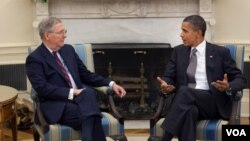 Presiden Barack Obama dan pemimpin Republik di Senat AS, Mitch McConnell.