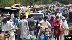 د قرنطین وروسته د پاکستان یو یکشنبه بازار