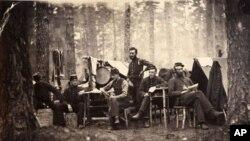 Fotografija Georgea Houghtona koja prikazuje pripadnike limenog orkestra Četvrte Vermontske pukovnije