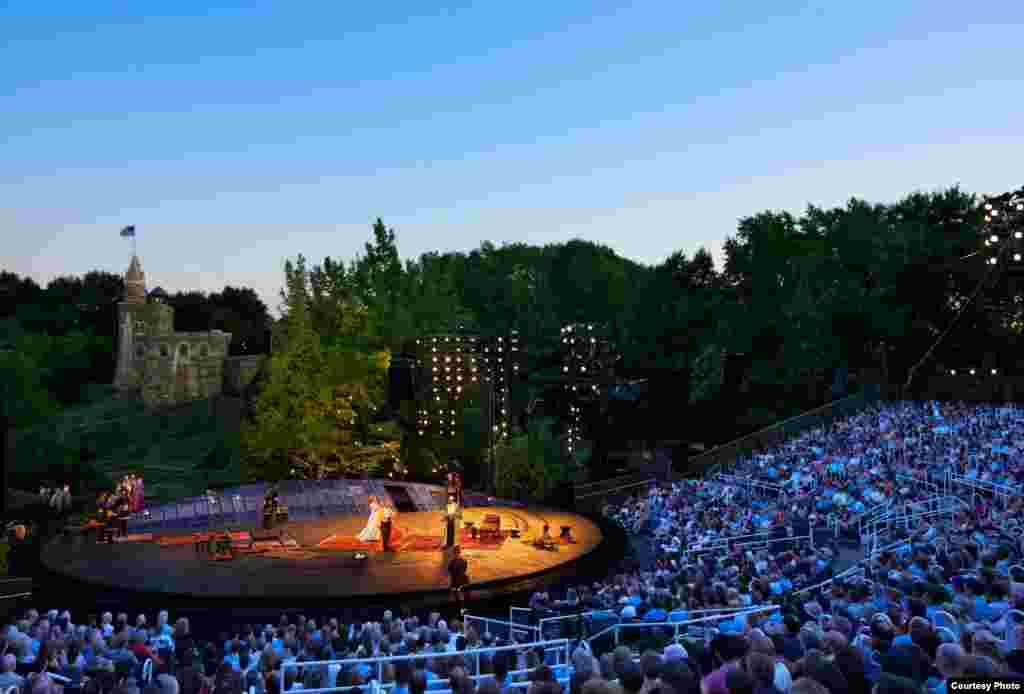 Kazališna scena Delacorte u njujorškom Central Parku (Photo: Joseph Moran)