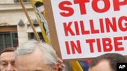 عالمی برداری چین میں تشدد رکوائے : جلاوطن تبتی وزیر اعظم
