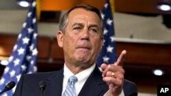 美國國會眾議院議長貝納星期三在美國國會大廈的一個新聞發佈會上再次呼籲美國總統奧巴馬向國會提交預算案