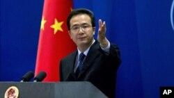Jurubicara Kementerian Luar Negeri Tiongkok, Hong Lei membantah bahwa perusahaan telekomunikasi Tiongkok merupakan ancaman keamanan bagi Amerika (foto: dok).