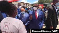 UMnu. Constantino Chiwenga eseMakokoba ko Bulawayo.