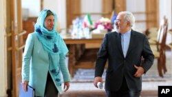فدریکا موگرینی روز شنبه در سفری یک روزه به تهران، با برخی از مقامهای ایرانی دیدار و گفت وگو کرد.