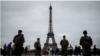 กรุงปารีสเตรียมสร้าง 'กำแพงกระจกกันกระสุน' รอบหอไอเฟล ป้องกันผู้ก่อการร้ายโจมตี