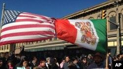 美国出现的反对驱逐移民的抗议(资料图)