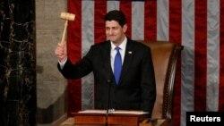 Ryan ganó por 239 votos a favor y 189 en contra con solo un voto republicano que no lo apoyó lo que representa una gran muestra de unidad del Partido Republicano.