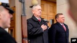 La visita de Mattis se produce después de que Pyongyang haya amenazado en varias ocasiones desde comienzos de año con probar un misil balístico intercontinental.