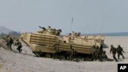 美國和菲律賓今年4月21日在菲律賓馬尼拉西北部進行軍事演習。