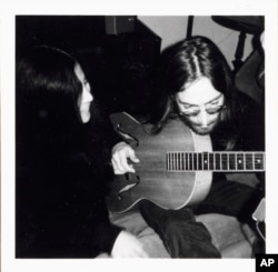 This photo made available on Wednesday September. 15, 2021, shows John Lennon and Yoko Ono in Thy, northern Denmark, January 5, 1970. (Jesper Jungersen via AP)