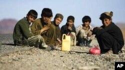 کودکان افغان در ولایت نیمروز