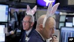 La Federación Nacional de Minoristas pronostica que los estadounidenses gastarán un total de 17 mil 300 millones de dólares durante la Pascua.