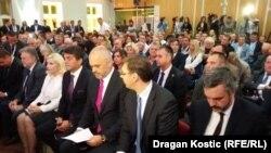 Albanski premijer Edi Rama i premijer Srbije Aleksandar Vučić na poslovnom forumu u Nišu