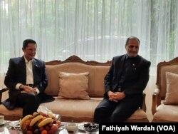 Wakil Ketua DPR Fadel Muhammad sampaikan belasungkawa secara langsung kepada Duta Besar Iran untuk Indonesia Muhammad Khoush Haikal Azad.
