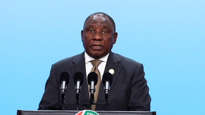 Ramaphosa promet d'accélérer les retours de terres aux Noirs en Afrique du Sud