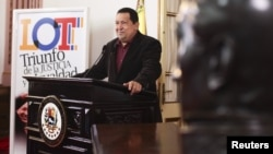 Chávez habla en cadena nacional antes de partir hacia Cuba