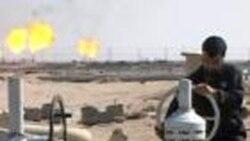 عراق در سال جاری روزانه ۲۰۰ هزار بشکه به توليد نفت خود می افزايد