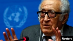 U.N.-Arab League envoy for Syria Lakhdar Brahimi addresses a news conference at the United Nations European headquarters in Geneva, Jan. 28, 2014.