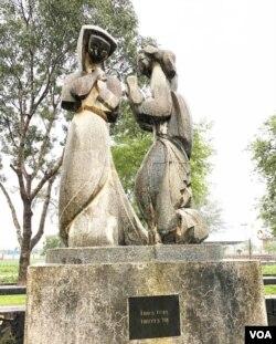 Vui I: Thiên thần truyền tin Đức Mẹ thụ thai