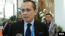 Wakil Ketua Kadin Indonesia, Chris Canter menilai potensi investasi Indonesia di Afrika masih sangat berpeluang, di Jakarta, Selasa 21/4 (VOA/Iris Gera).