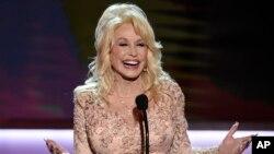 Dolly Parton compuso las todas las 14 canciones de su nuevo álbum.