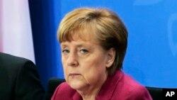 La chancelière allemande Angela Merkel, 18 février 2014