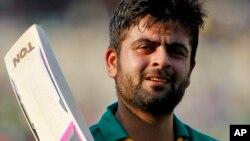 پاکستان سپر لیگ میں عمدہ کارکردگی کے باعث احمد شہزاد قومی T20 ٹیم میں واپس آئے تھے