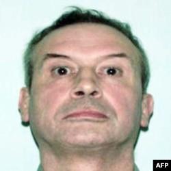 Ông Richard Bowes, 68 tuổi, đã qua đời hôm 10/8/2011 vì vết thương ở đầu sau khi bị những người nổi loạn tấn công