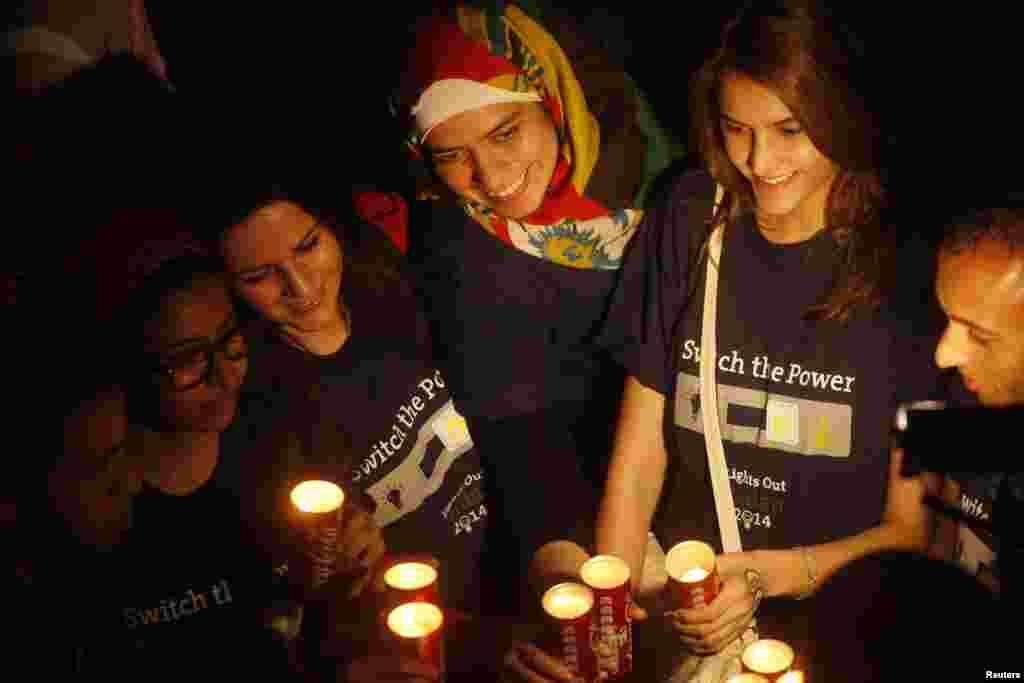 دنیا بھر میں ارتھ آور منایا گیا۔