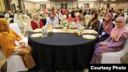 Para peserta Muktamar Indonesian Muslim Society in America (Masyarakat Muslim Indonesia di Amerika – IMSA) di Chicago, AS.