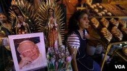 Los eventos iniciarán en el Vaticano con un rosario mundial desde cinco santuarios en cinco partes del mundo en el que participan México, Cracovia, Roma, Beirut y Tanzania.
