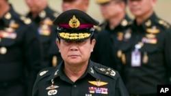 លោក Prayuth Chan–ocha នាយករដ្ឋមន្រ្តីថ្មីរបស់ថៃទៅចូលរួមខួបទី២១នៃការបង្កើតកងពលធំនៃទ័ពថ្មើរជើង ដែលជាទ័ពការពារព្រះមហាក្សត្រីយានី នៅក្នុងខេត្ត Chonburi ប្រទេសថៃ កាលពីថ្ងៃទី២១ ខែសីហា ឆ្នាំ២០១៤។