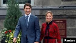 加拿大总理特鲁多和夫人索菲在首都渥太华(2019年9月11日)