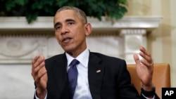 El presidente Obama perdonó a otros 98 reos convictos por delitos de drogas el 27 de octubre.
