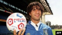 Легенда голландского и мирового футбола Рууд Гуллит. Лондон. Великобритания. 10 мая 1996 года