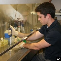 Scott Boisvert, 18, studies a fungus linked to the decline of amphibians worldwide. He placed 10th at the Intel Science Talent Search.