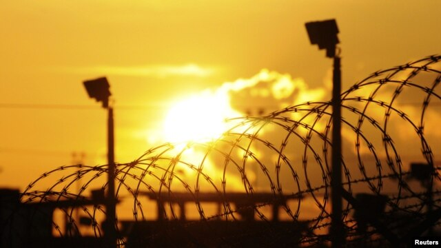 Las presiones de carácter político impidieron que el presidente Obama clausurará definitivamente ese penal.