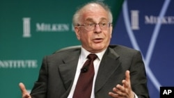 Nobel Economics Laureate Kahneman takes part in panel discussion (file photo)
