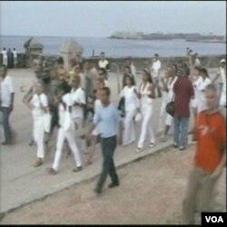 """""""Žene u bijelom"""" protestiraju na Kubi"""