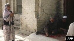 Shinjon ahli, uyg'urlar Xitoy siyosatiga jazoban chiqishlar, qonli namoyishlar uyushtirib turadi