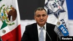 Genaro García Luna, exsecretario de Seguridad Pública de México, está acusado de cuatro delitos relacionados con el falso testimonio y el tráfico de cocaína.