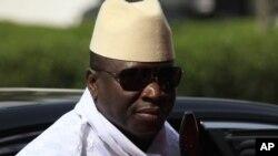 Le président gambien, Hahya Jammeh, serait rentré en Gambie après avoir fait escale au Tchad