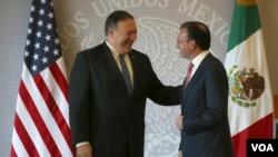 El secretario de Estado, Mike Pompeo, con el canciller mexicano Luis Videgaray, en una conferencia de prensa el viernes en México