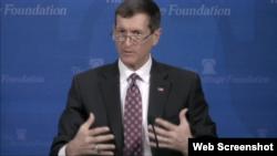 토머스 에어하드 전 미 국방부 특별보좌관이 25일 워싱턴 해리티지재단에서 열린 안보 토론회에 참석했다.