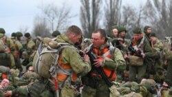 烏克蘭總統:俄羅斯從邊界撤軍減緩了緊張局勢