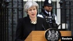 Setelah hasil mengecewakan dalam pemilu, pemerintahan PM Theresa May didesak menjalin hubungan lebih dekat dengan Uni Eropa (foto: dok).