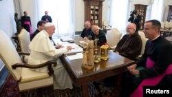 Đức Giáo Hoàng Phanxicô (trái) gặp các lãnh đạo tôn giáo Hoa Kỳ tại Vatican vào ngày 13/9/2018.