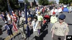 Anggota Pramuka ikut parade hak gay Utah di Salt Lake City. (Foto: Dok)
